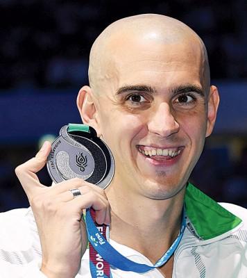 推斯洛切赫成为间断8届世锦赛皆能登上领奖台的惟一泳将。