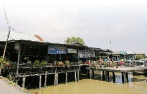 恢复宁静的霹雳双武隆,未被旅游公司放弃,继续设计新的旅游景点。