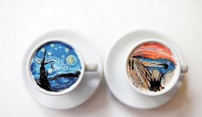 """将咖啡当做""""画布"""",在上头临摹经典名画"""