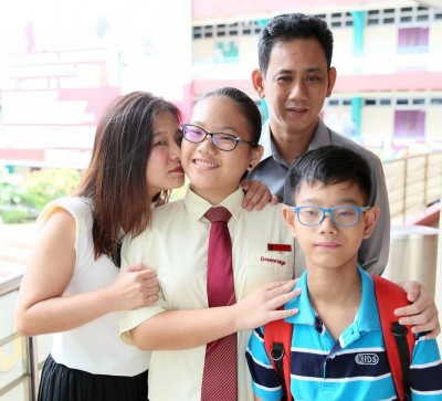 大人庐志伟当以周三(7月19天)输了左边的肾脏给儿子。(档案照)