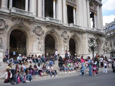 法国去年的旅客人数减少。