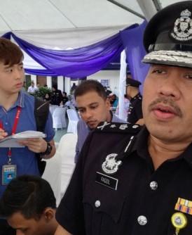法兹尔(右):警方已逮捕7名涉及强奸案的嫌犯。