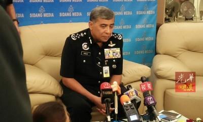 卡立表示我国警方已与泰国警方联手调查许景诚牧师失踪的案件。