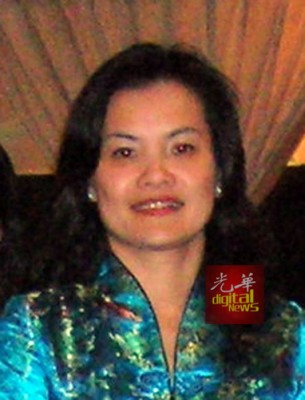 布先著名慈善家黄美珍不幸与2名妹妹及外甥女遭遇车祸身亡。