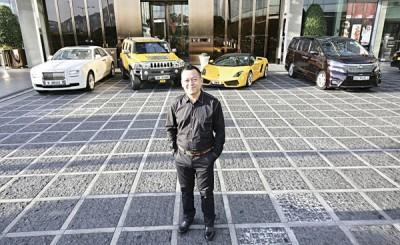 """黄浩2016年以11万5000港元投得""""NEXT""""车牌,夺《壹》的心路人皆见。"""
