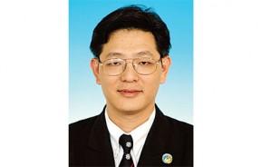 槟华女中德育科委主席兼德育卓越教师 颜志名PKT