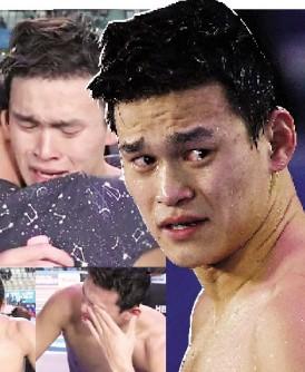 在800米自由泳失利,爱哭的男孩孙杨压抑不住自己的情绪,赛后哭成泪人。
