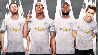 著名足球网站《442》评选新季最丑18件球队球衣,曼联的第三客场球衣(图)在列。
