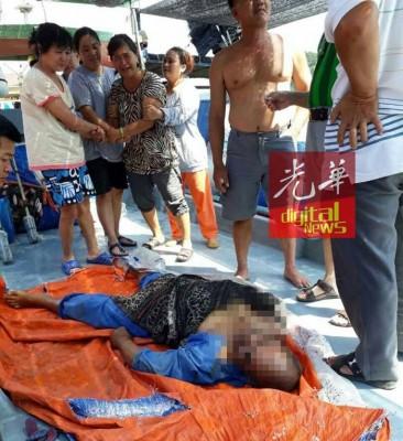 死者遗体被带回十八受码头。