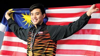 沈威胜继续扬威东运男子400米自由泳项目。