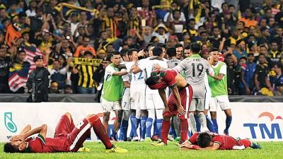 我国对垒印尼足球队的赛事备受瞩目,赛后也发生数起冲突。