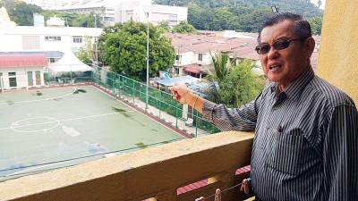 陈颖椿呼吁州政府搬迁位于非伊斯兰宗教地的5人足球场。
