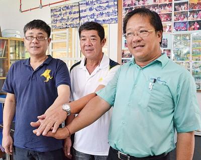 接任柔府社委会要职的周泰兴(左起)、谢金荣、林和杏,上任后将着手处理搁置已久的民生问题。