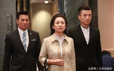 欧瑞伟(左1)驻颜有术不像55岁,在《同盟》中的护花情节迷倒不少观众。
