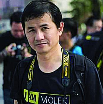 江志新:对于有兴趣拍摄海豚的摄影家可在安曼岛驻守等待。