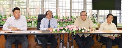 张子敏(左起)、陈政莱、叶庆翔及黄涌能召开联合声明会。
