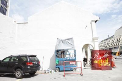 在头条路将引来全新的巨型壁画。