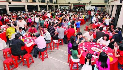 中元节宴会政治味不浓,宴会的政治氛围目前温和良好。