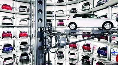 聪慧型的大多层立体停车场,看看空间,停车和得车都良好。(网络图)