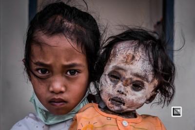 """印尼给春""""赶尸节"""",开尸游街纪念至亲。翻译自claudiosieberphotography.com"""