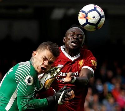 利物浦为马内(右)踢伤埃德森的处罚上诉。