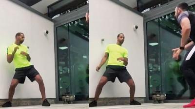 费迪南把自己拳击练习的视频放上网,引起关注。