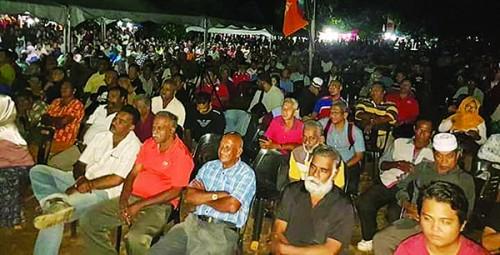 马哈迪出席讲座会,吸引3000名听众。