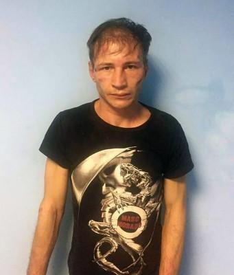35岁男子巴克夏耶夫告诉调查员,他从1999年开始这种骇人听闻的恐怖食人行为。