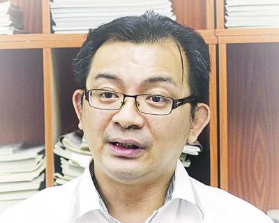 许文思:个人认为今年选举可能仍存在,目前形势对纳吉仍是有利。