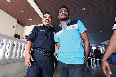 被告莫哈末凯鲁尼詹今日承认有罪,被判坐牢6个月,从被捕日期开始算起。