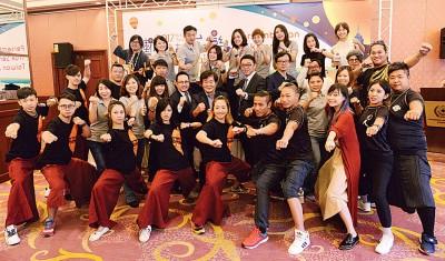 「艺术卡车秀台湾」艺人登陆槟城了。