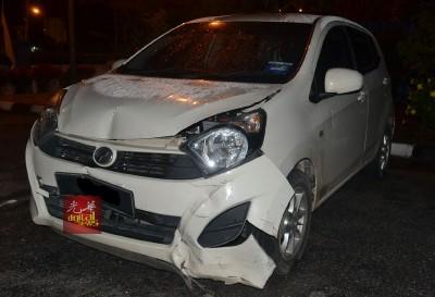 警方寻获嫌犯所驾驶的轿车,并拖回警局调查。