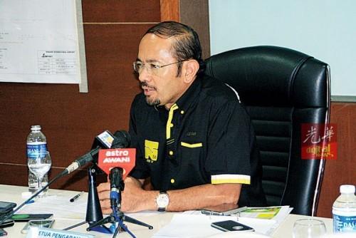慕斯达法阿里表示,当局会尽力让机场内12个出入境柜台全力运作。