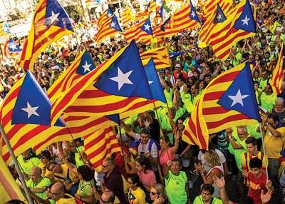 加泰罗尼亚将召开独立公投,希冀为群众与支持公投的倒。