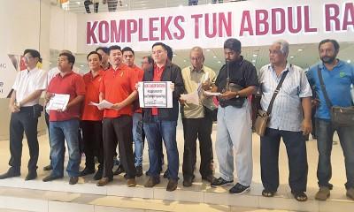 黄家业与非官方组织强烈反对爱情巷封路的建议。