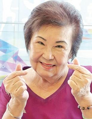 老查某尤雅敏因参演梁志强的电影而成名。