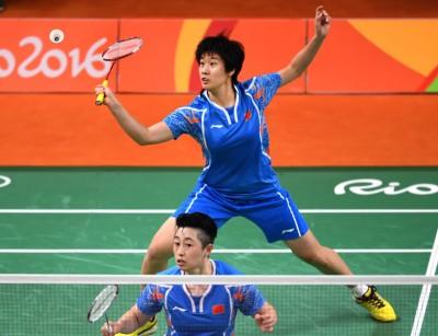 里约奥运会,唐渊渟(后)与于洋配对仅获得女双第四名,一度备受争议。