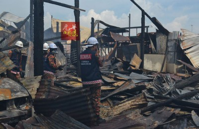 破除拯局鉴证组到场调查失火原因。