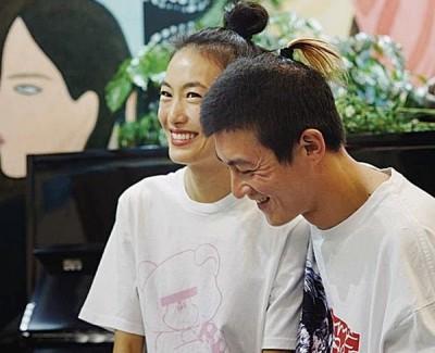 陈冠希与秦舒培感情稳定。