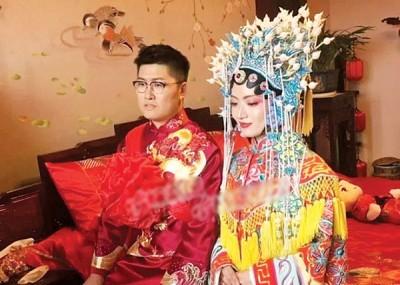 吴锦华和沈佳妮的婚礼,引起舆论哄动。