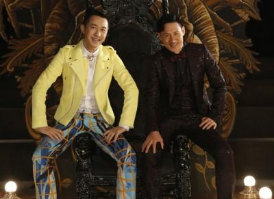 哈林(左)和张学友是相识30多年的好友,首次合作演出MV。