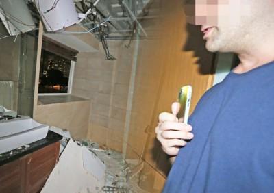 热水器家中爆炸,洋汉侥幸逃过一劫。