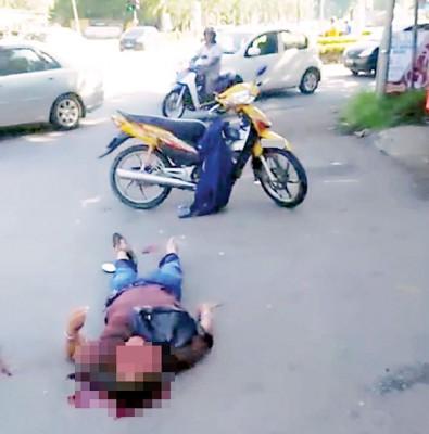 驾驶摩托车途中与吉普车相撞,大年志工团队员头部重创送入医院抢救。