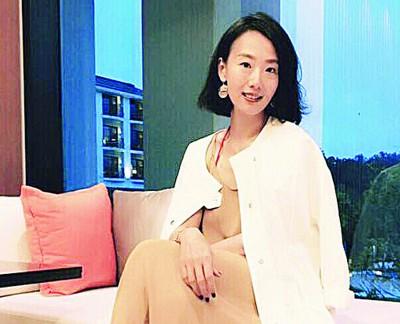 身为公众人物,陆明君对有心人士言论扭曲,她能做的,就是扛下来。