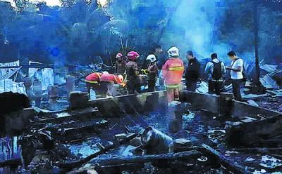 火魔烧毁4木屋夺5命事件再添一魂,重伤者今午伤重过世。