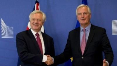 戴德伟(左):英国及欧盟不容许未及协议。