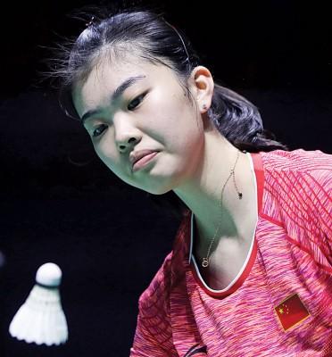 高昉洁见义勇为连挫奥运冠亚军,报到中毛女单决赛。