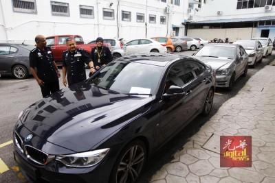 警署以抓行动中从获5辆车。