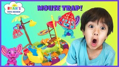 """6岁的莱恩在其频道""""Ryan ToysReview""""分享玩具评论,共吸引逾80亿人次浏览。"""