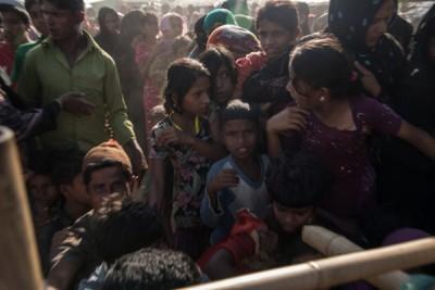 缅甸罗兴亚人道危机持续,大批难民逃至邻国孟加拉。(法新社照片)